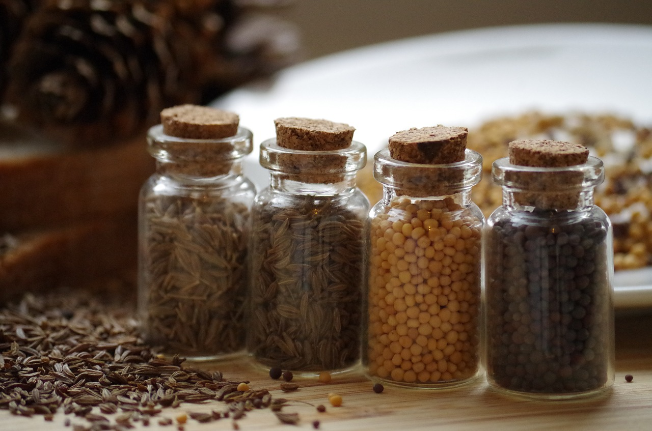 Alte Heilpflanze mit bewährter Heilkraft: Kümmelöl gehört in jede gute Küche